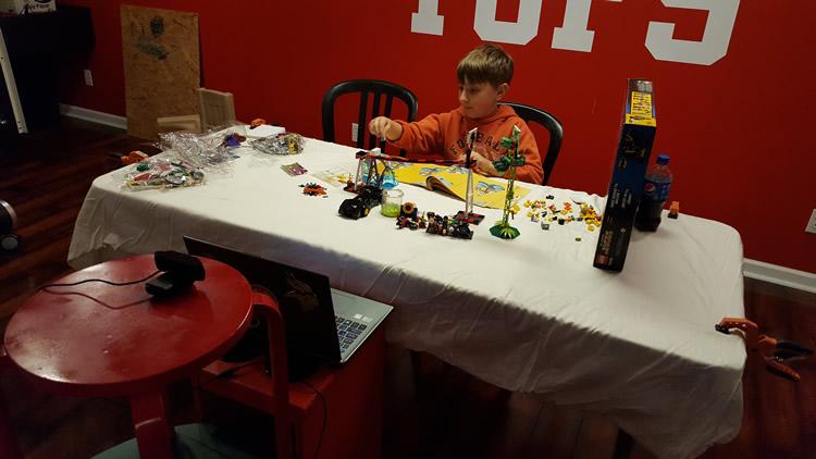 Camden-Builds-LEGO-Jokerland-video