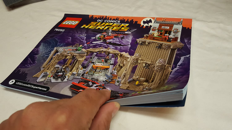 LEGO Review: 76052 Batman Classic TV Series — Batcave - Video Gaming Dad