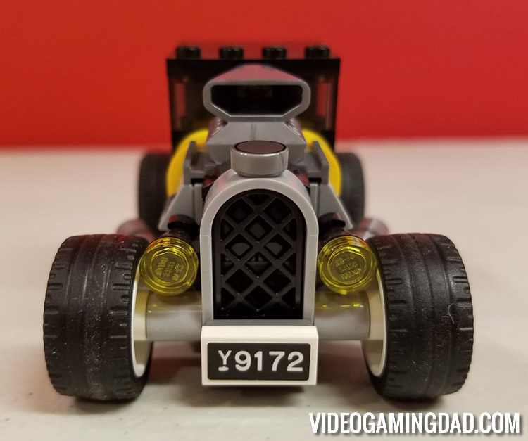 75875 Ford Model A Hot Rod - Front View